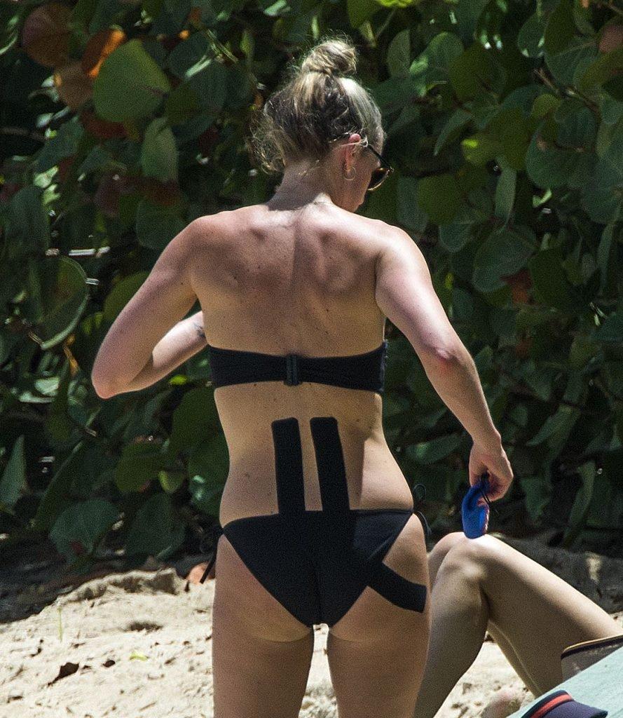 Lisa Carrick Sexy (21 Photos + Video)