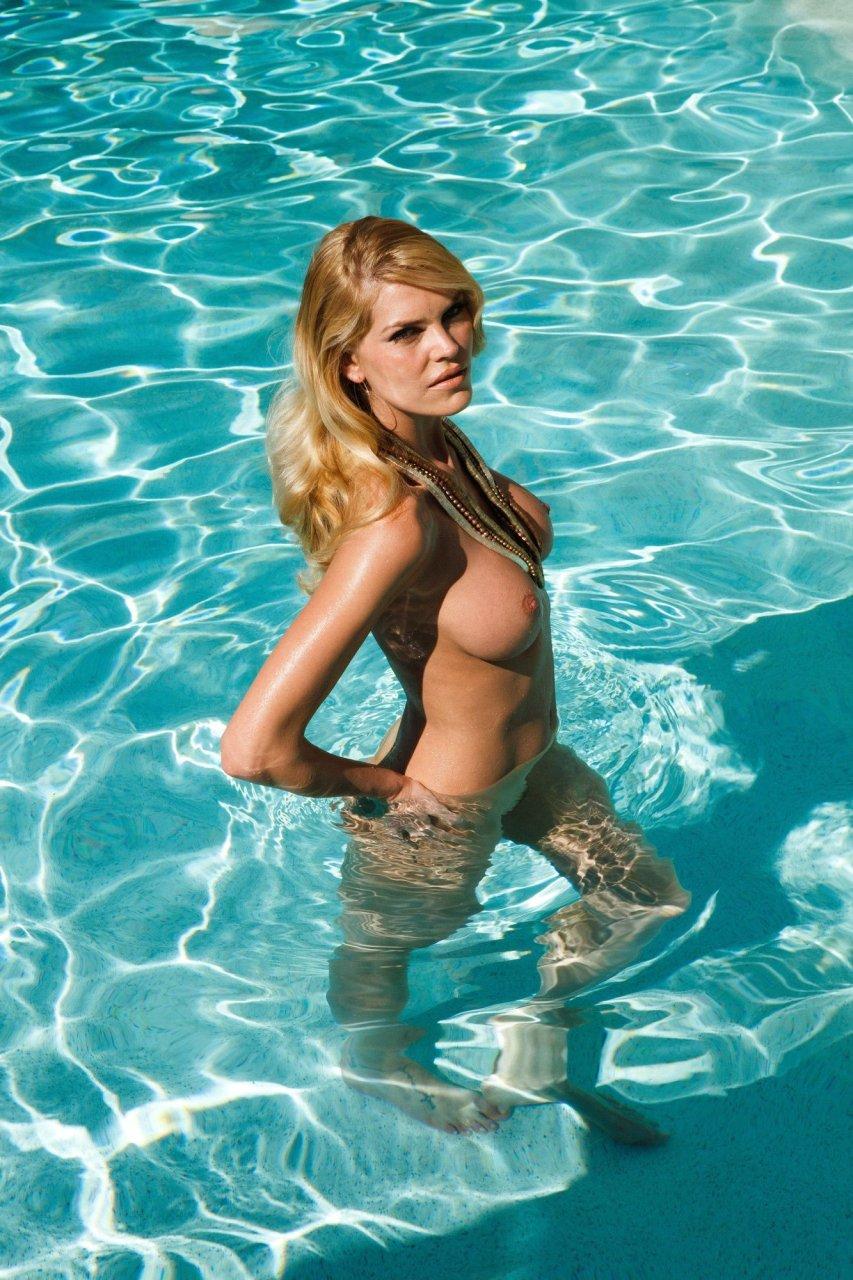 Bella thorne tits - 3 part 10