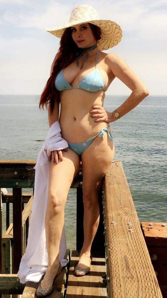 Phoebe Price Sexy (45 Photos)