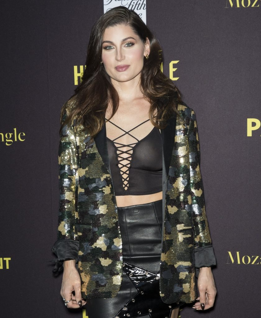 Trace Lysette See Through (7 Photos)