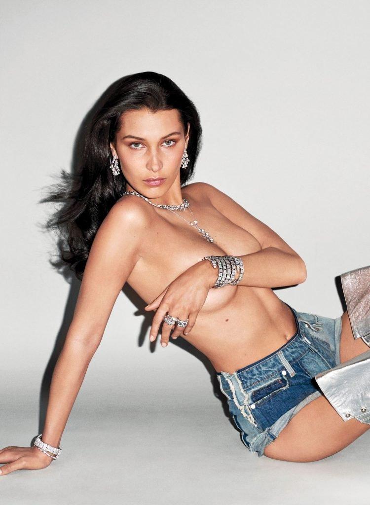 Bella Hadid Topless (5 Photos)