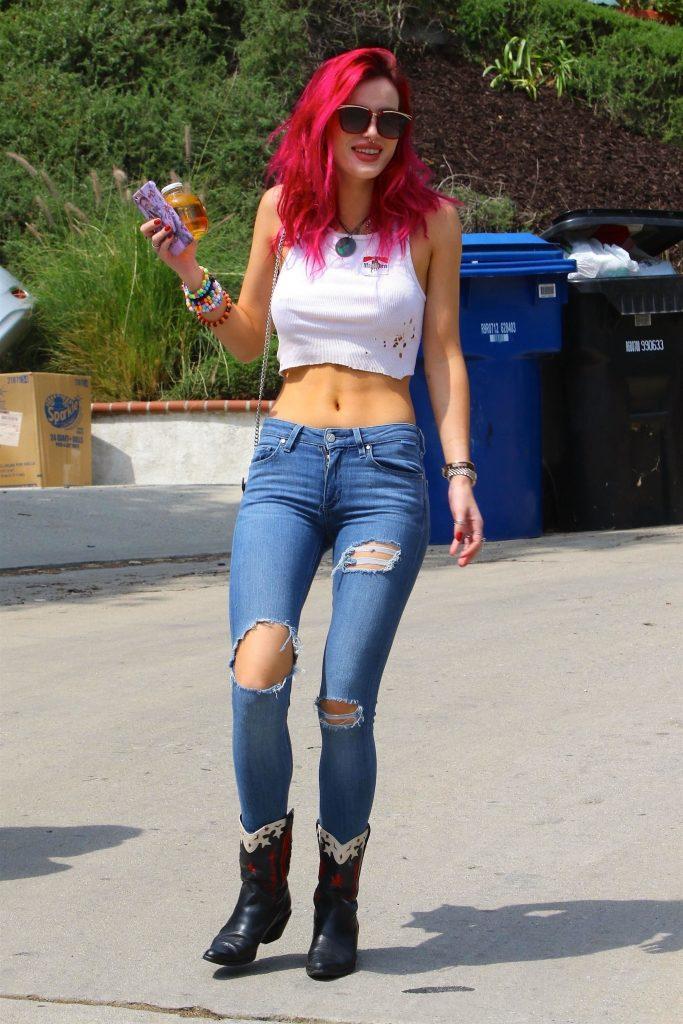 Bella Thorne Sexy (55 Photos + Video)