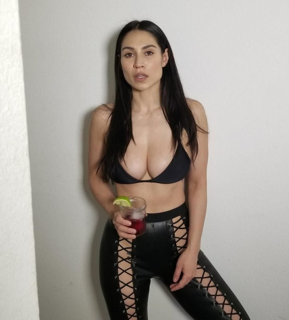 sexy naked cassie steele