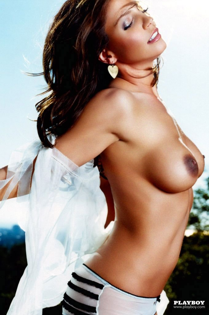 Charisma Carpenter Celebrity Nude Pics