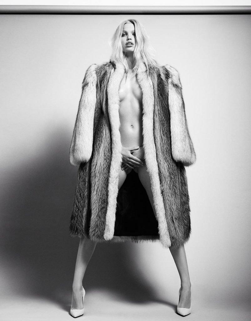 Daphne Groeneveld Nude (2 Photos)