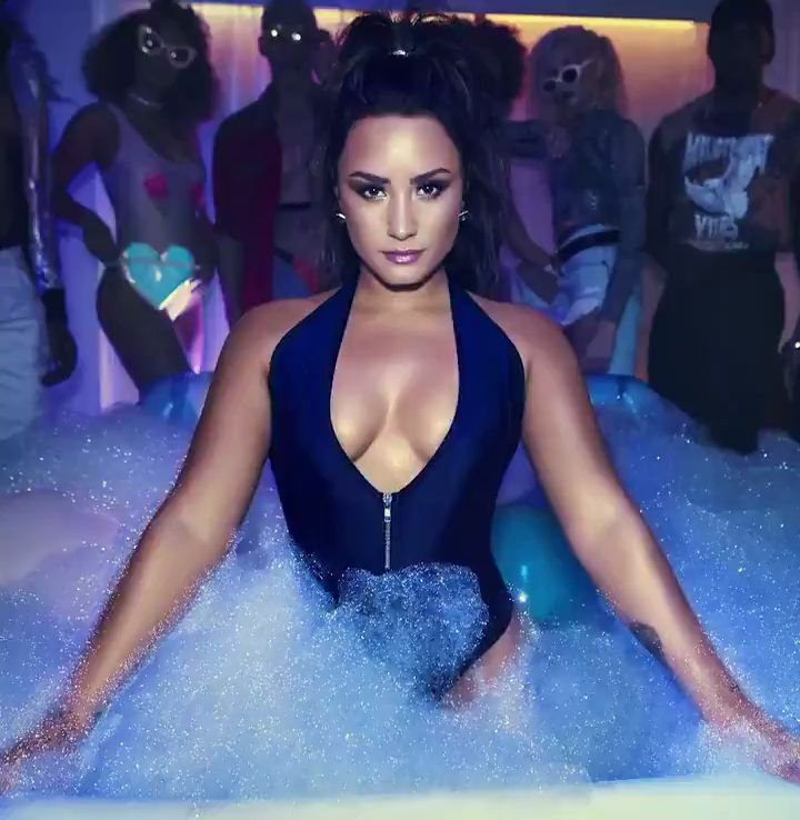 Demi Lovato Sex Videos 111
