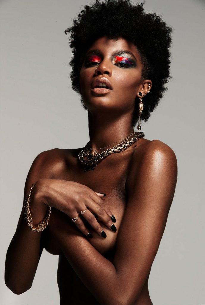 Ebonee Davis Topless & Sexy (8 Photos)