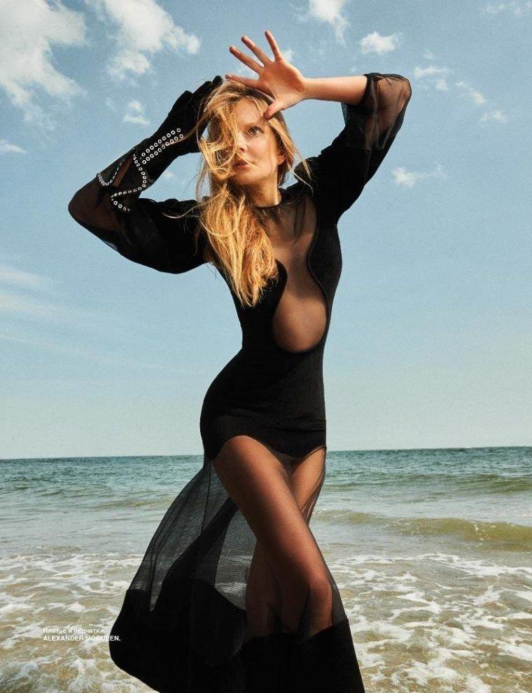 Eniko Mihalik Sexy & Topless (12 Photos)
