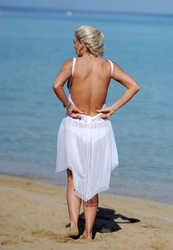 Frankie Essex Topless & Sexy (28 Photos)