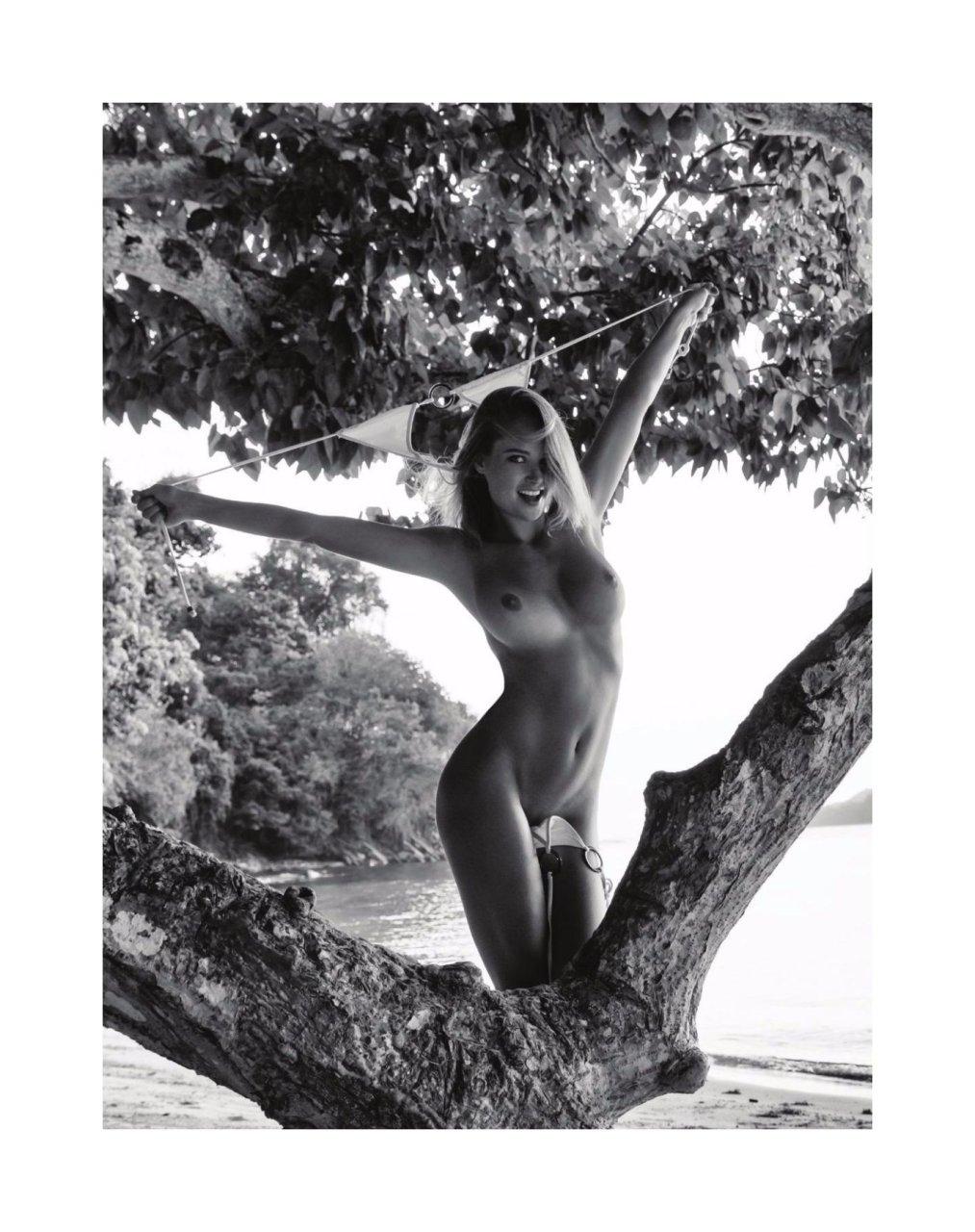 Genevive morton nude