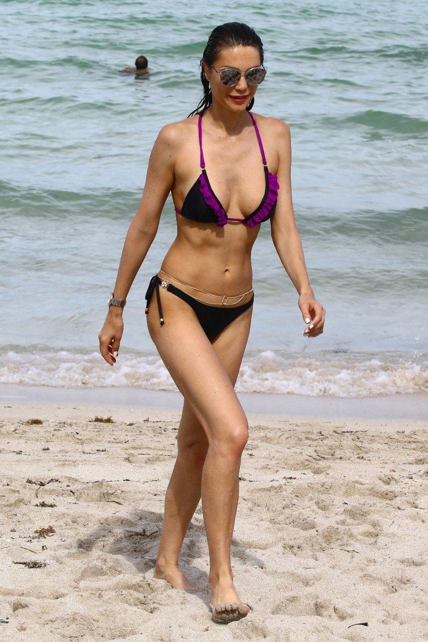 Julia Görges Bikini