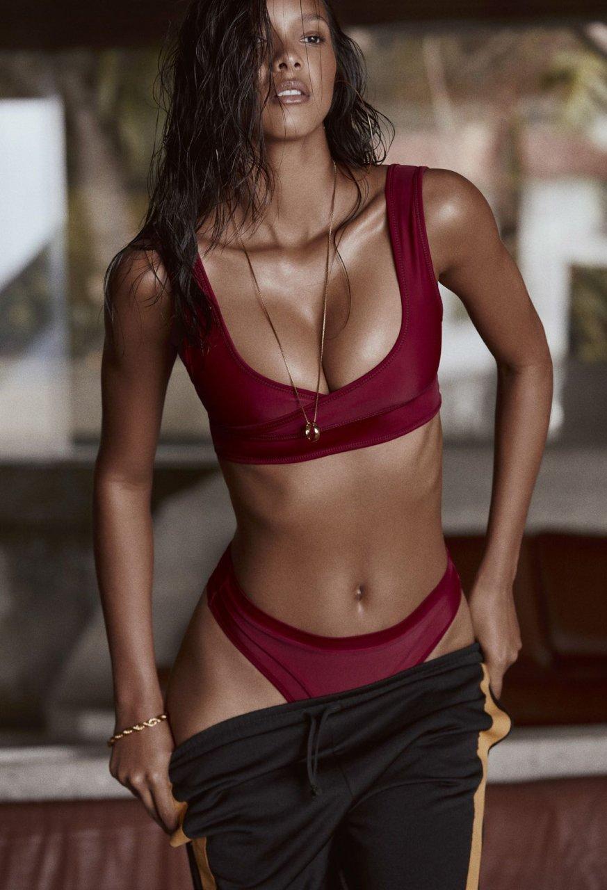 lais ribeiro topless