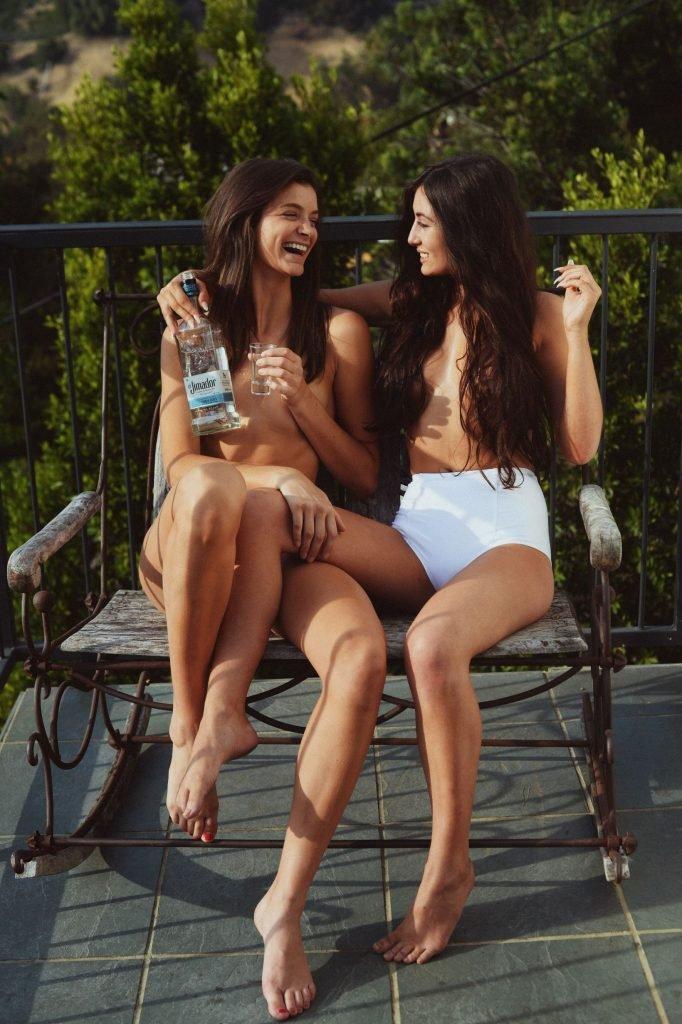 Laylacita & Hannah Gantt Sexy (9 Photos)