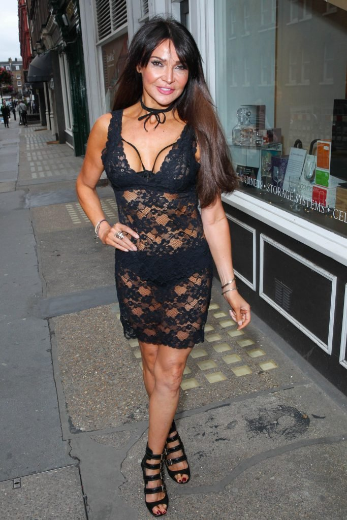Lizzie Cundy & Pascal Craymer Sexy (8 Photos)