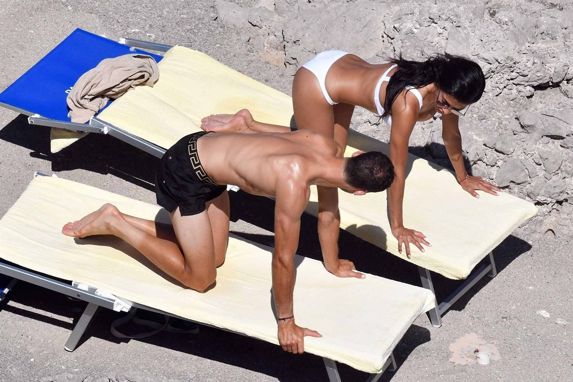 Nicole Scherzinger Shares Sexy Belfie As She Poses In A Bikini On Holiday In Mexico