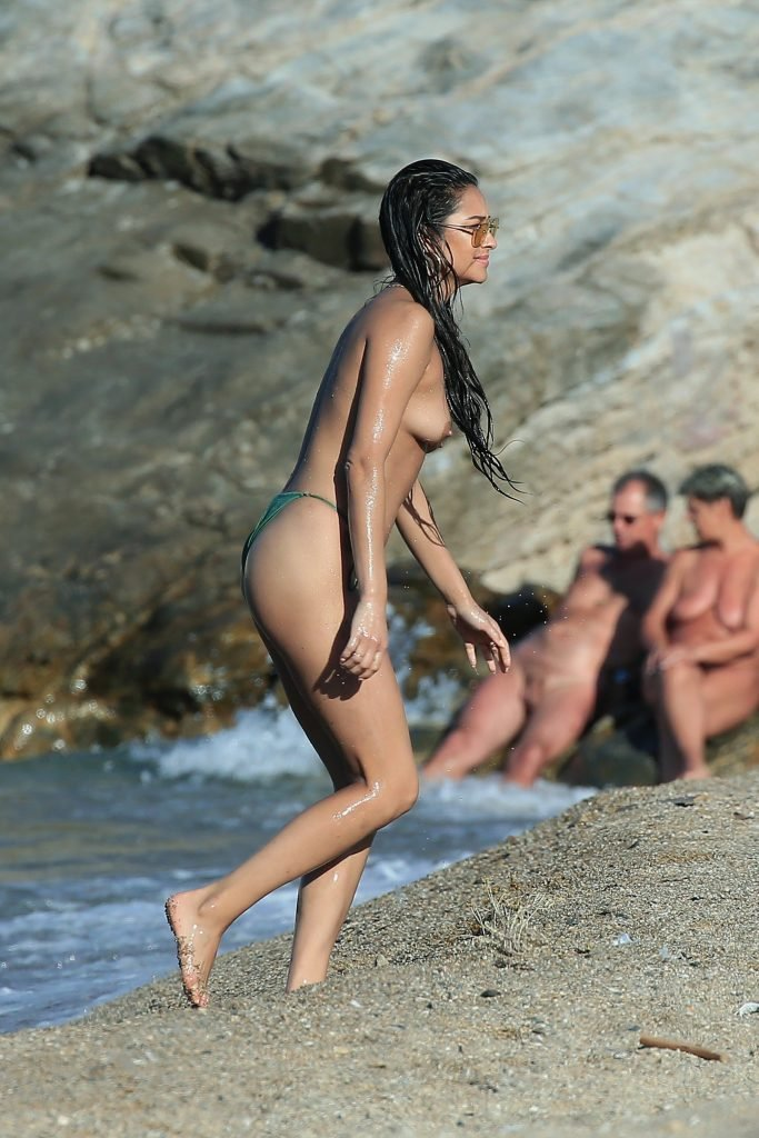 nude bathing girls russia