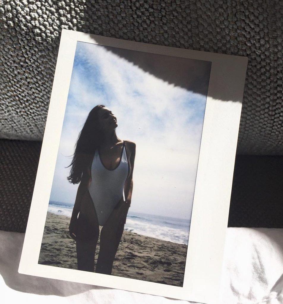 Sophie Mudd Sexy (24 Photos + GIF)