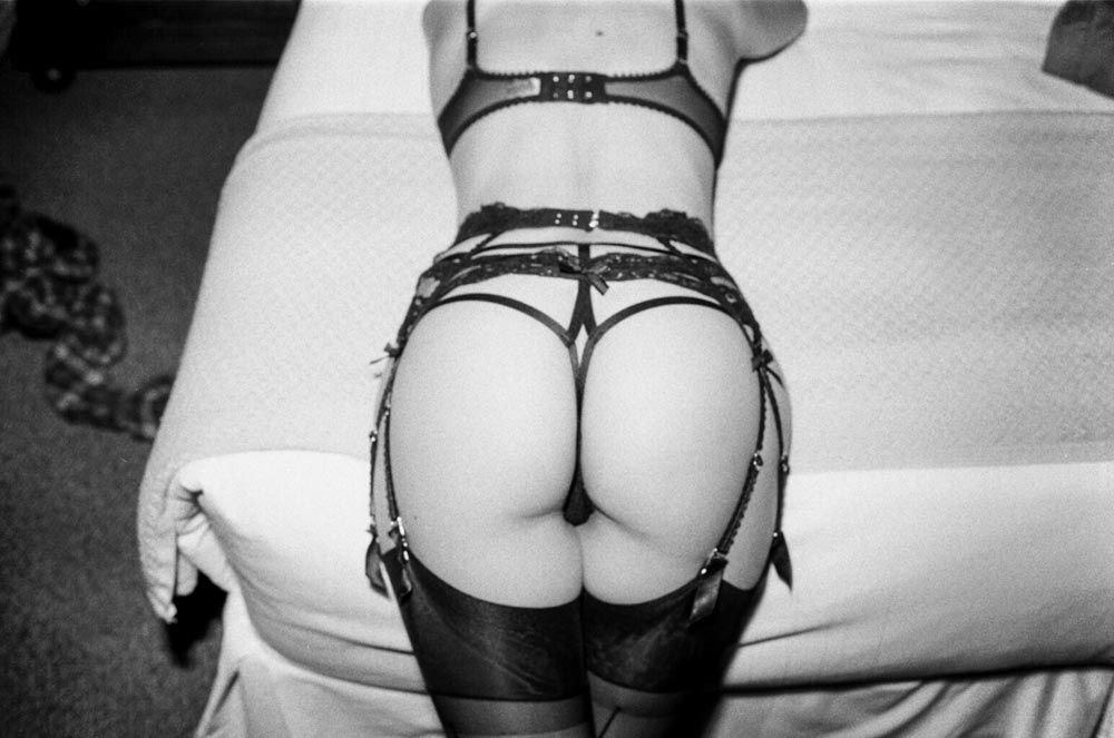 Willa Holland Nude & Sexy (10 Photos)