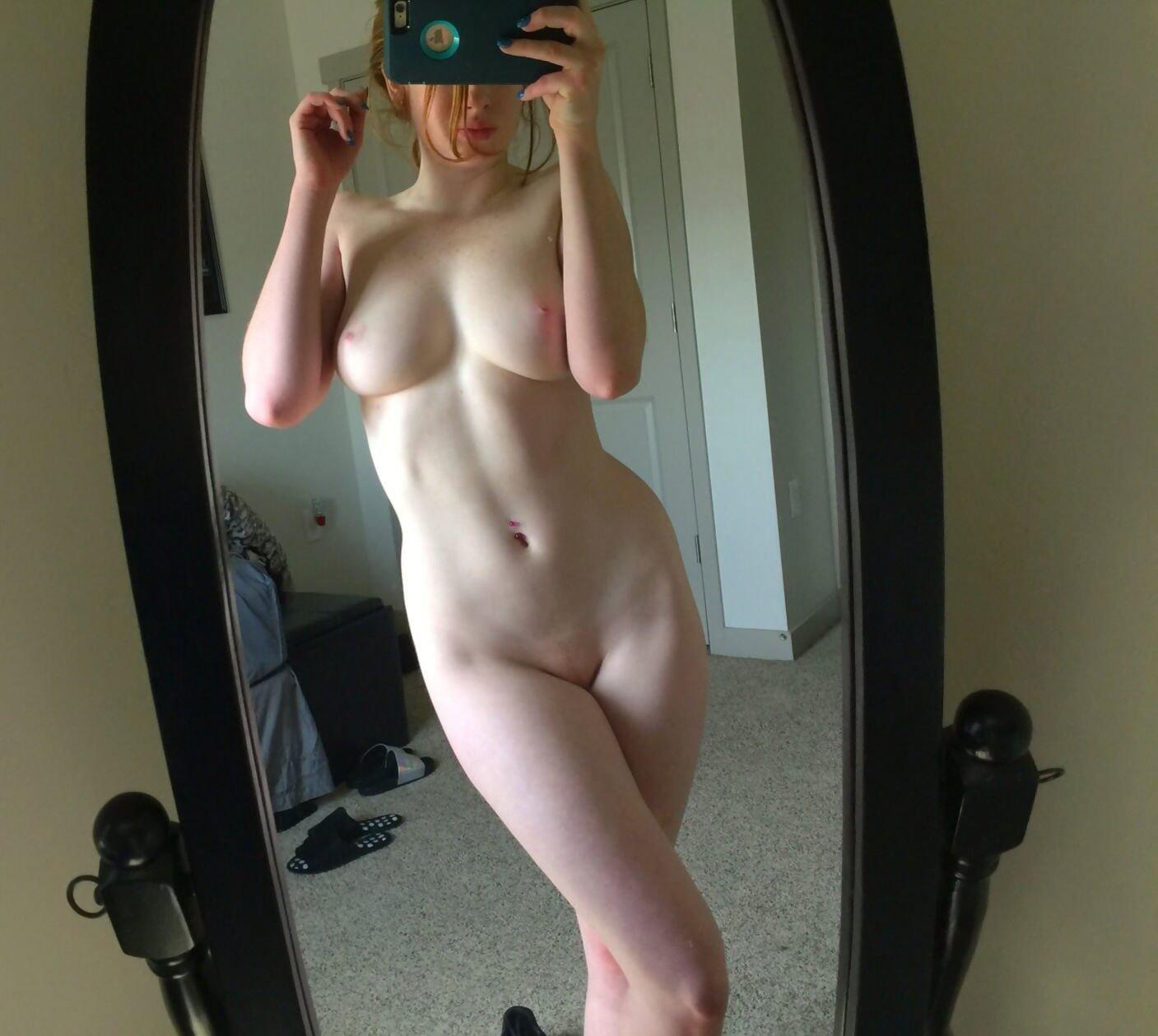 salma hayek naked