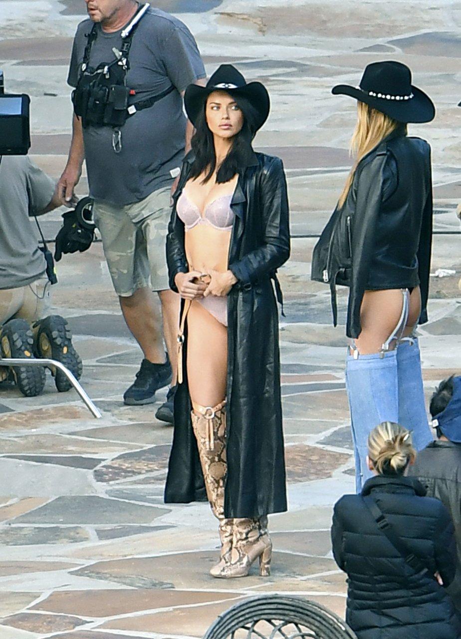 Adriana lima naked video