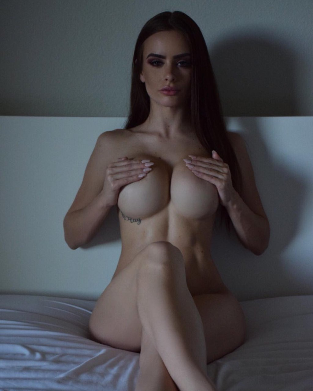 Allison Parker Topless allison parker nude and sexy 116 photos s thefappening