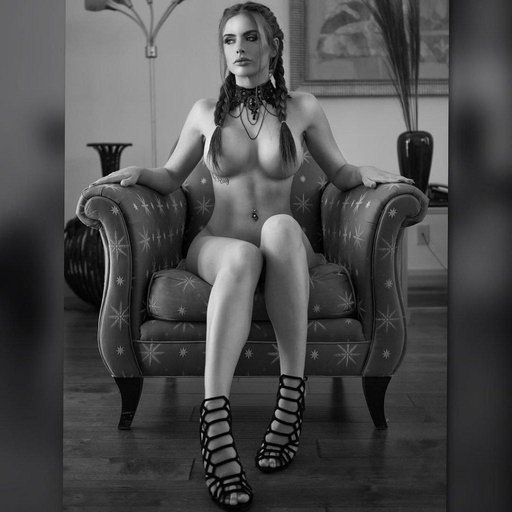 Allison Parker Nude & Sexy (116 Photos + Gifs)