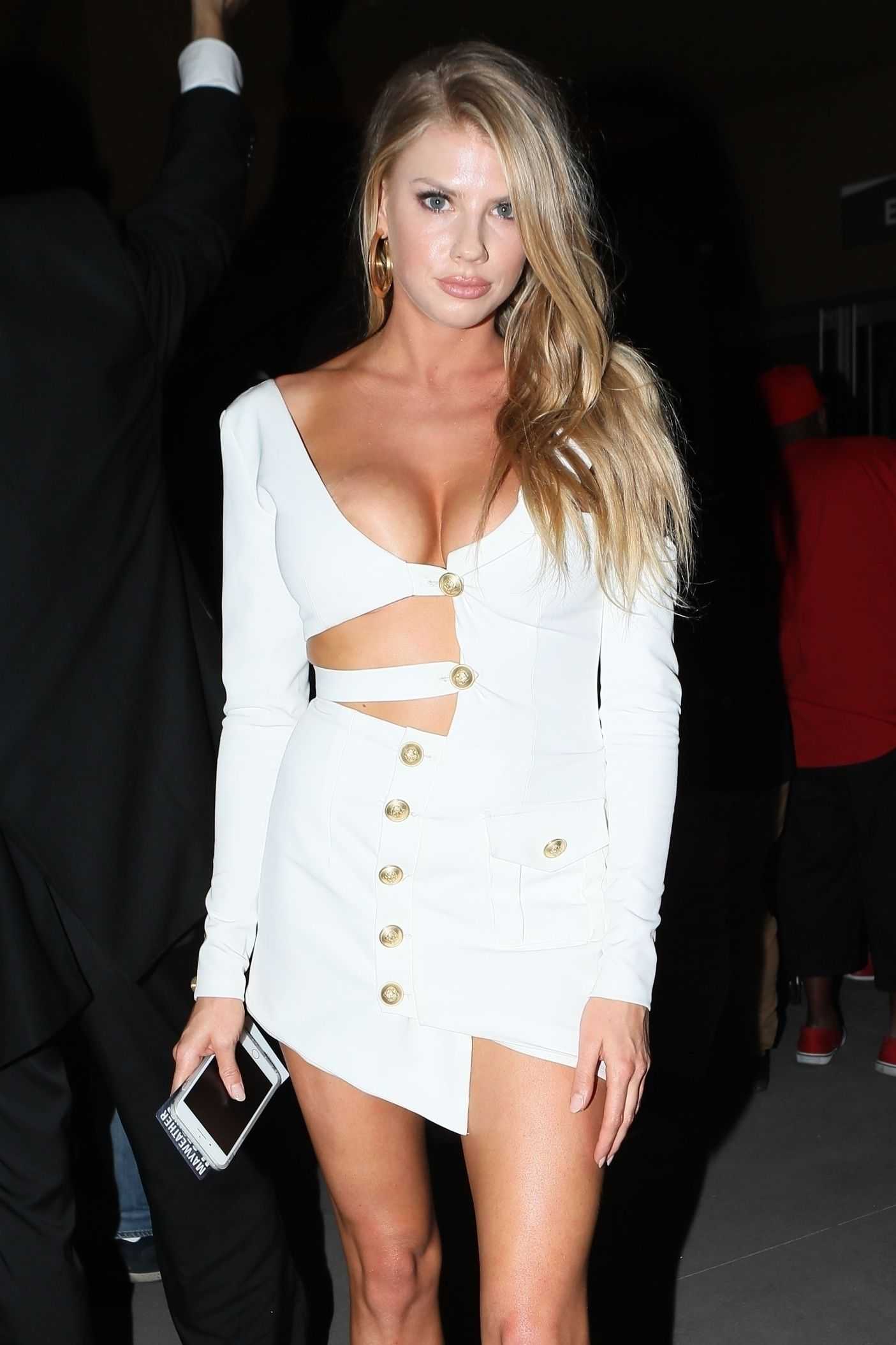 she leaves the t mobile arena in las vegas after the epic conor mcgregor floyd mayweather boxing match the 23 year old busty model shows off her
