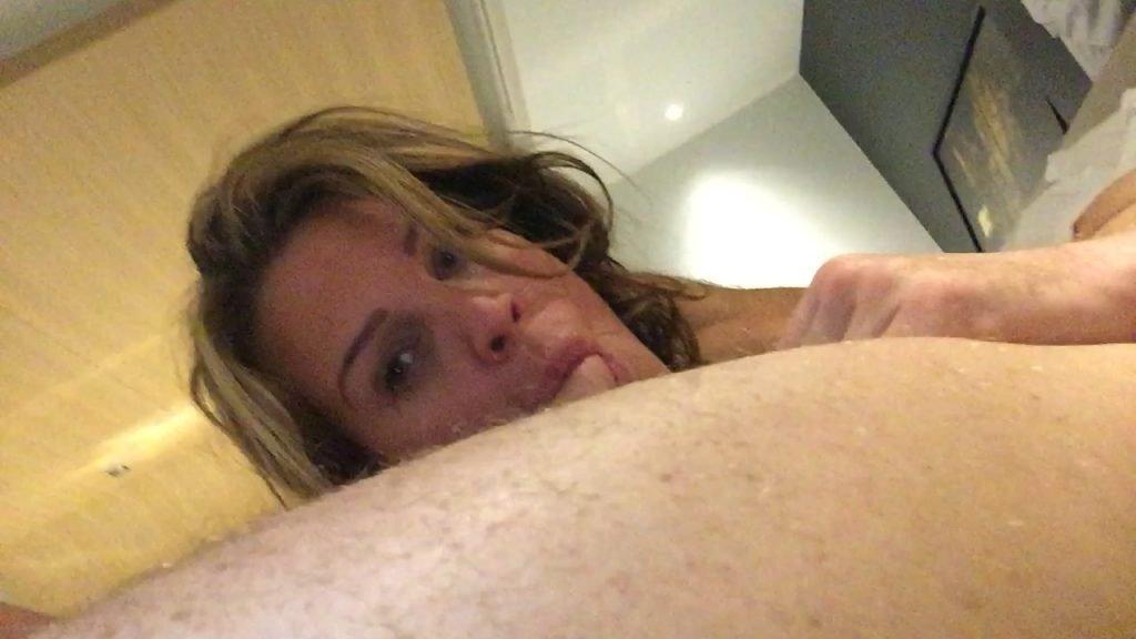Danielle Lloyd Leaked (26 Photos + Videos)
