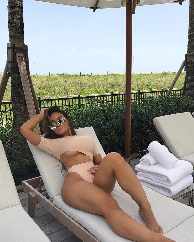 Joy naked daphne Daphne Joy