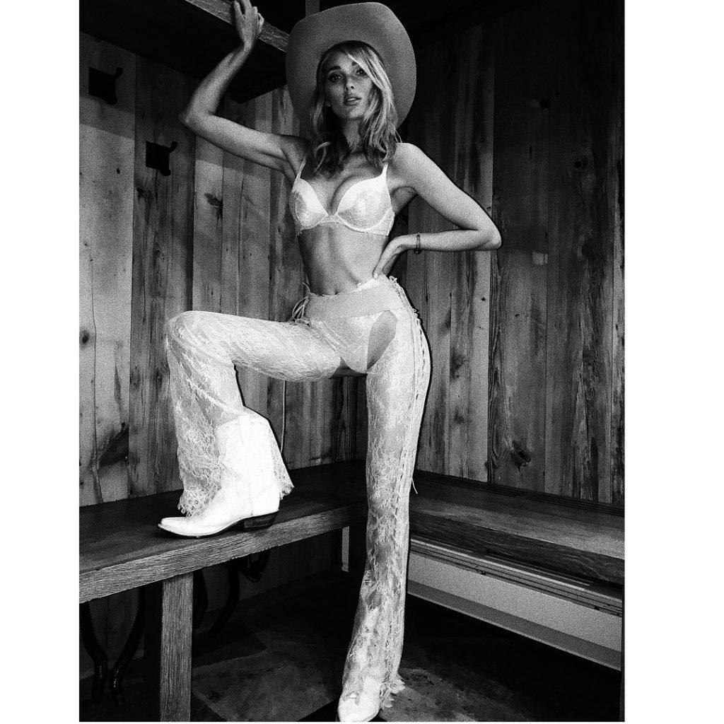 Elsa Hosk Sexy (11 Photos)