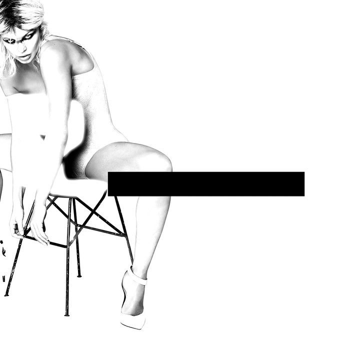 Fergie Nude & Sexy (5 Photos)