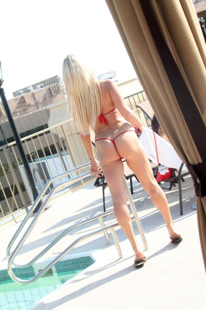 Mary Carey Topless & Sexy (38 Photos)