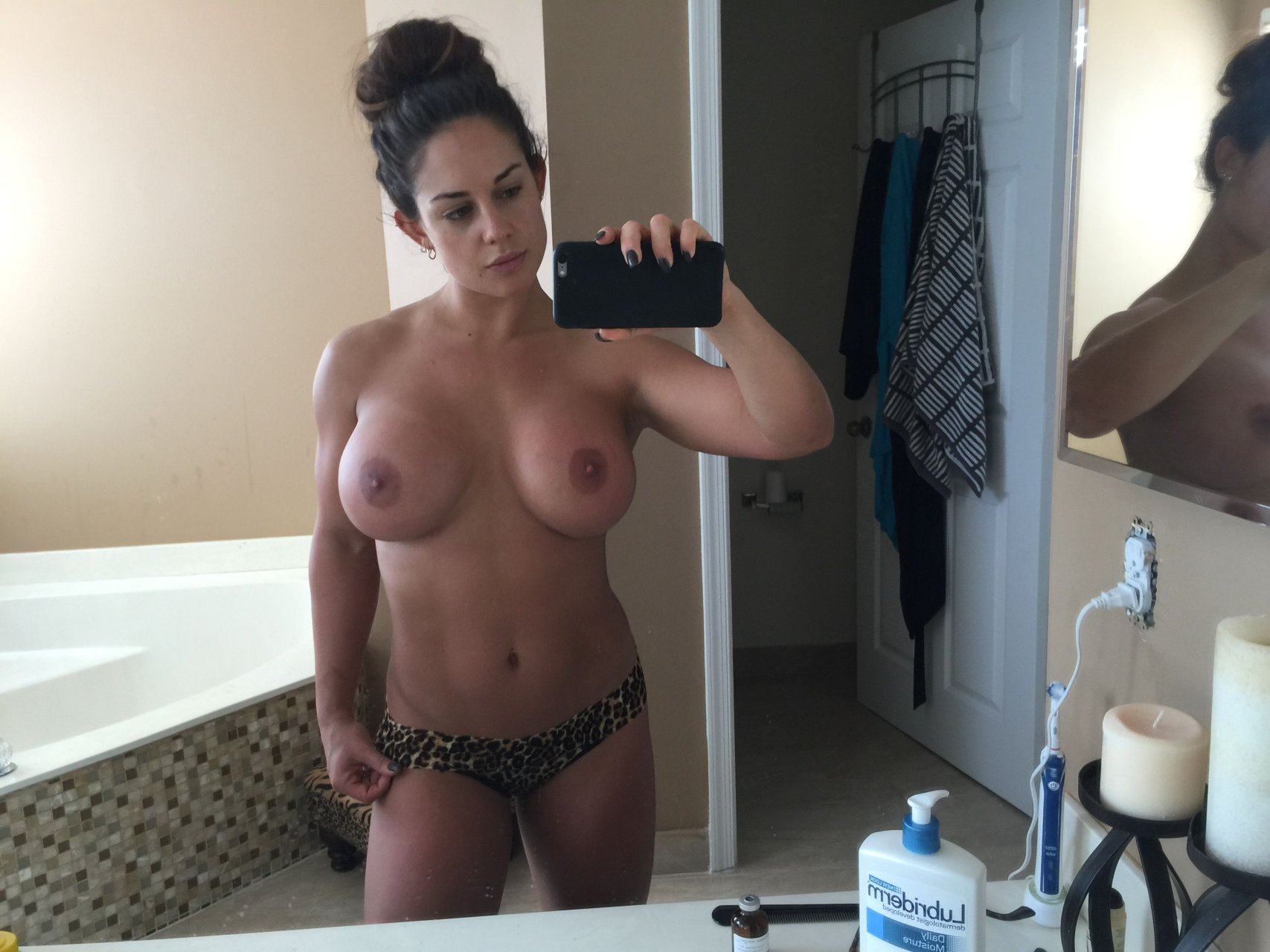 wwe divas kaitlyn hot full naked photos