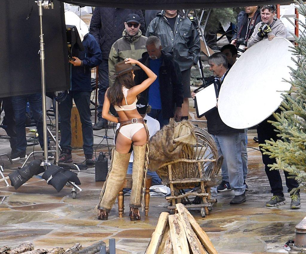 Lais Ribeiro Sexy (22 Photos + Video)