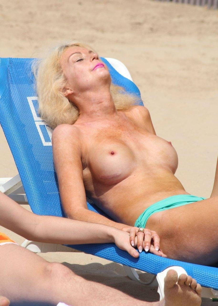from Cedric topless transgender