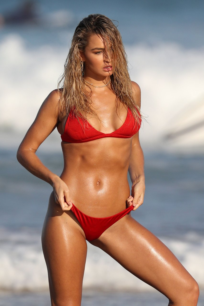 Madi Edwards Sexy