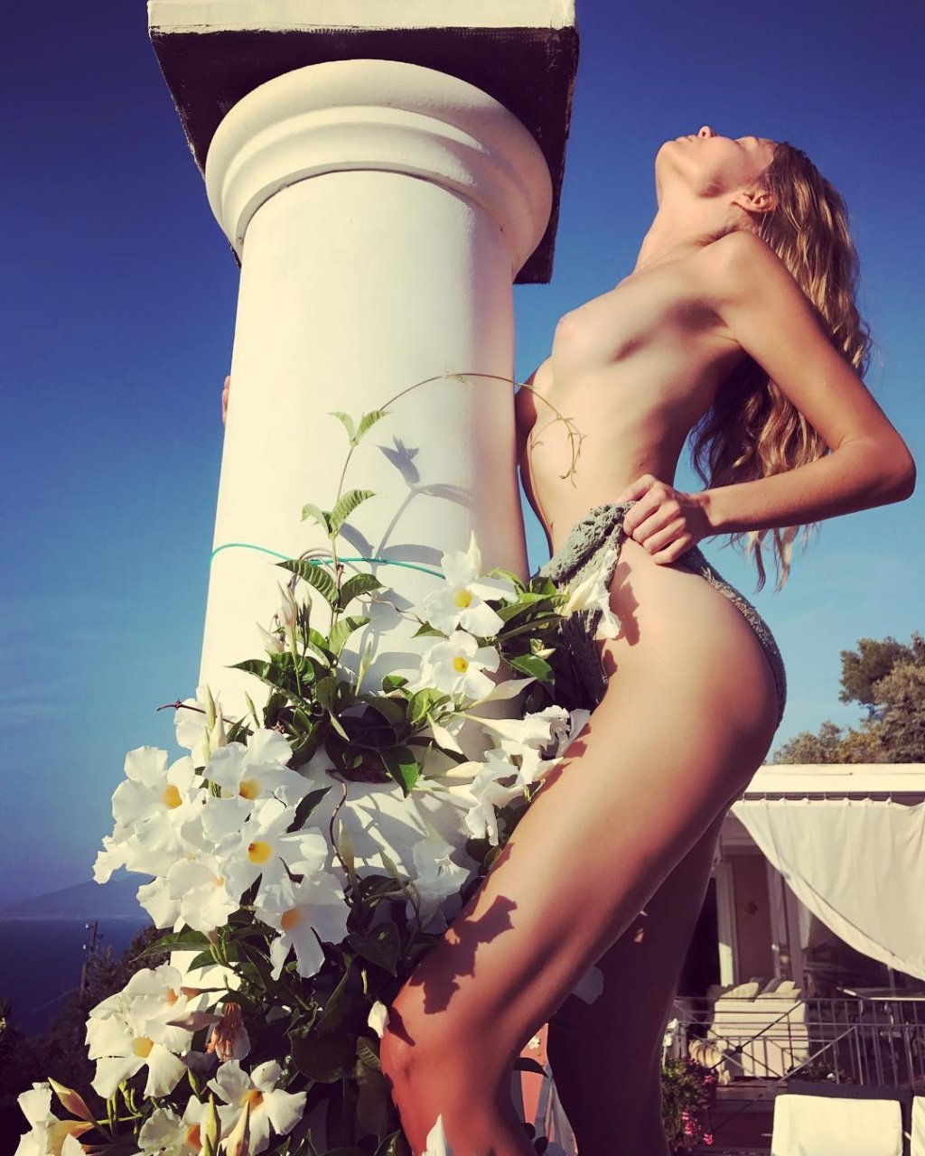 Magdalena frackowiak topless photos 2