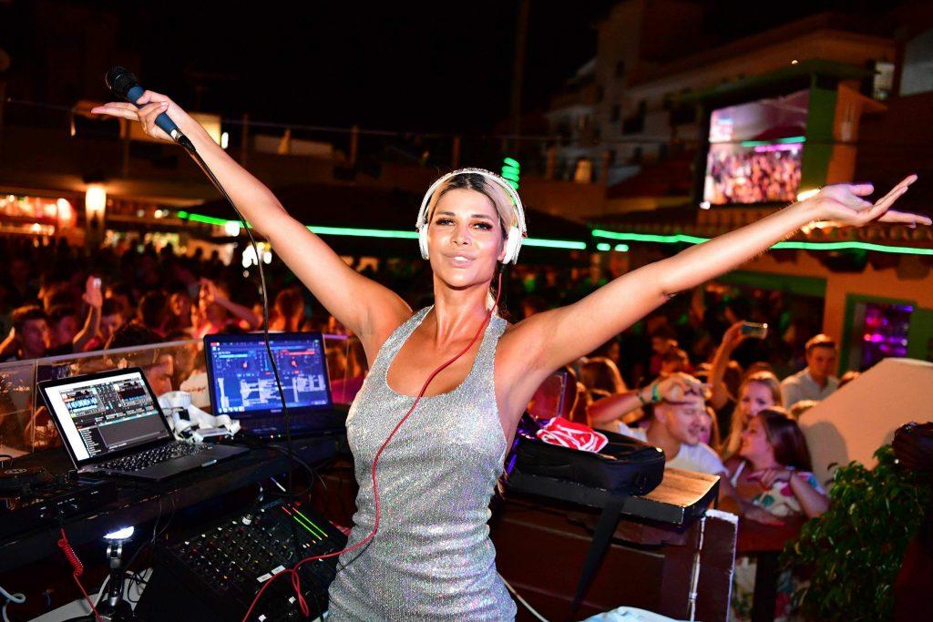 Micaela Schäfer Sexy (11 Photos)
