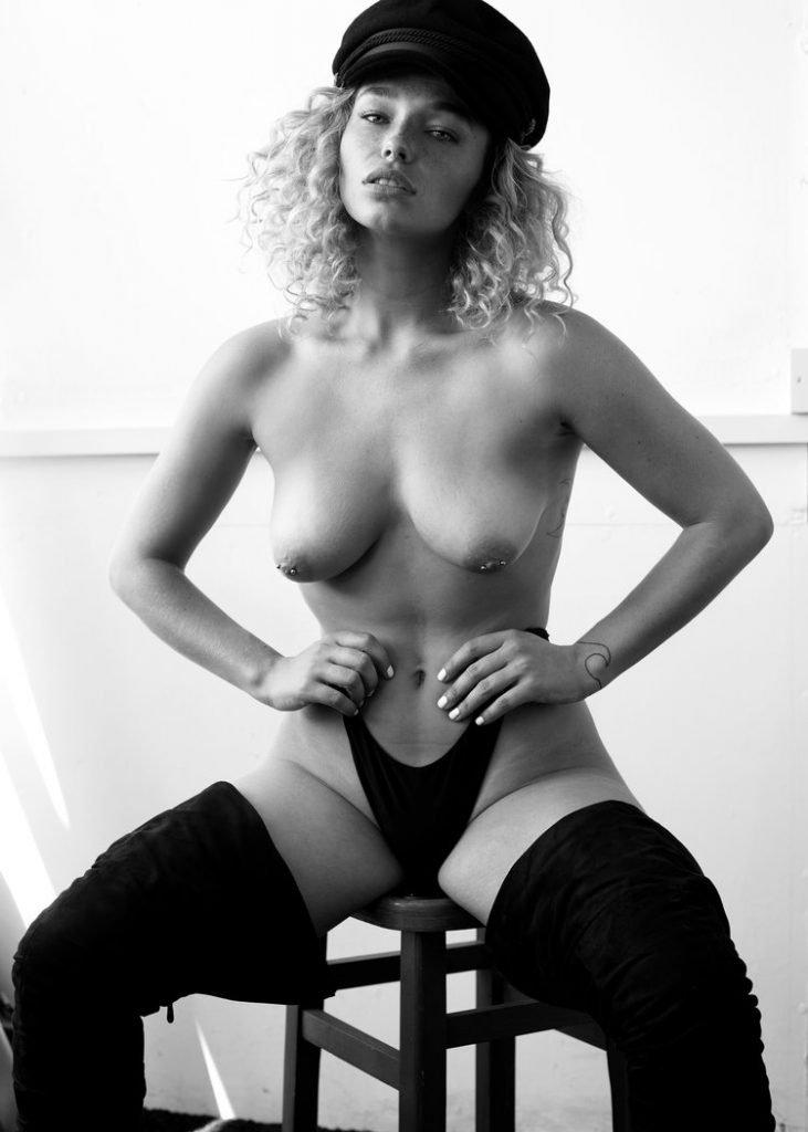 Natalie Westling  nackt