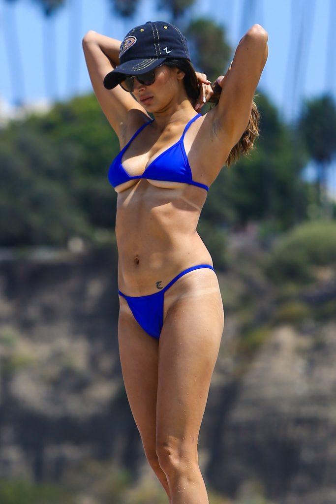 Noureen DeWulf Sexy (90 Photos)