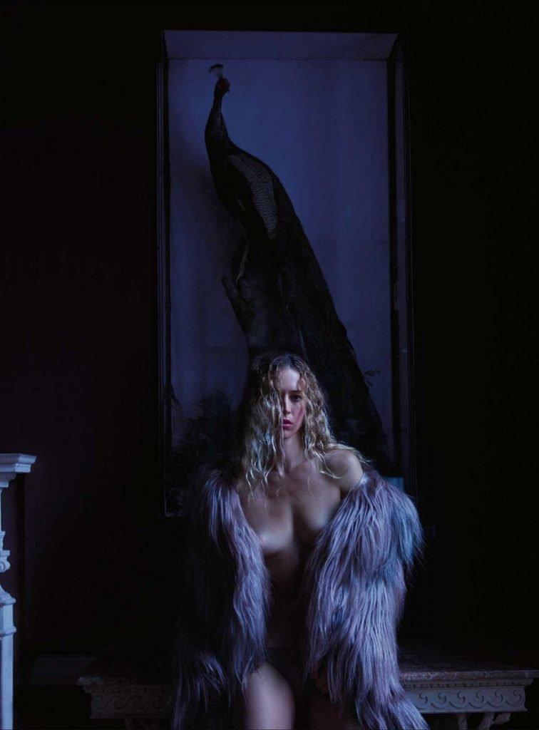 Raquel Zimmermann Nude & Sexy (10 Photos)