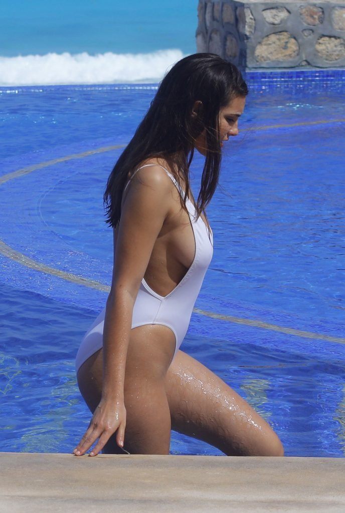Tao Wickrath Sexy (36 Photos)