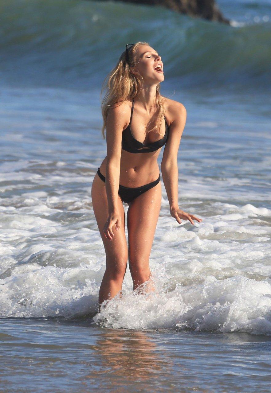 Tereza Jelinkova Nude Photos 5