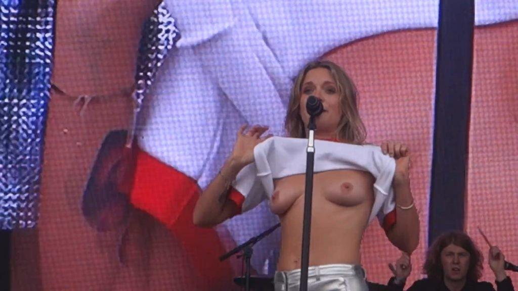 Tove Lo Topless (10 Photos + Gif & Video)
