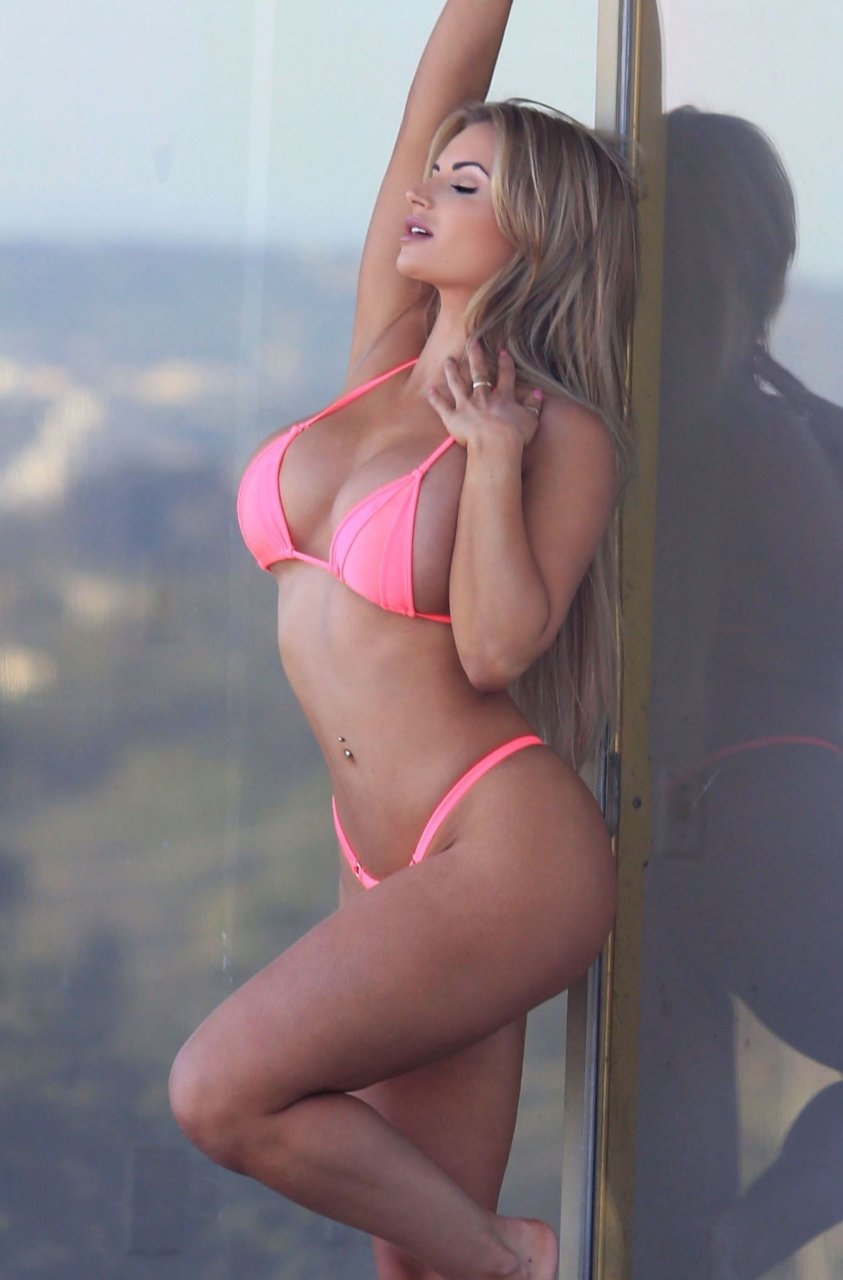 Variant possible Amy lynn lee bikini