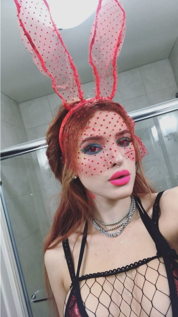 Bella Thorne Sexy (8 Photos + Video + Gifs)