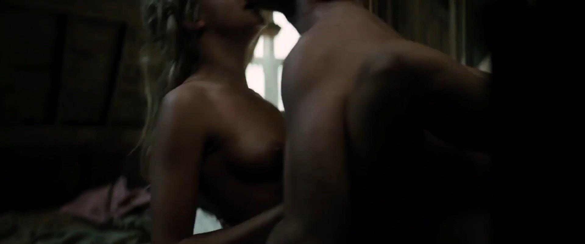 image Cara delevingne nude sex scene in tulip fever scandalplanet