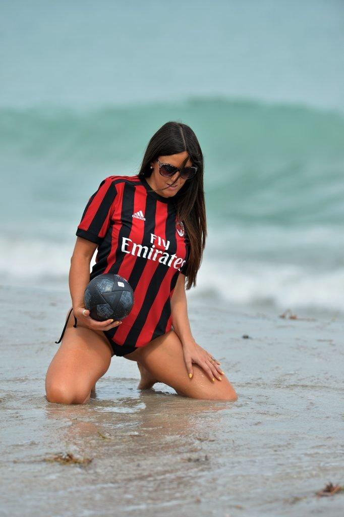 Claudia Romani Sexy (29 Photos)
