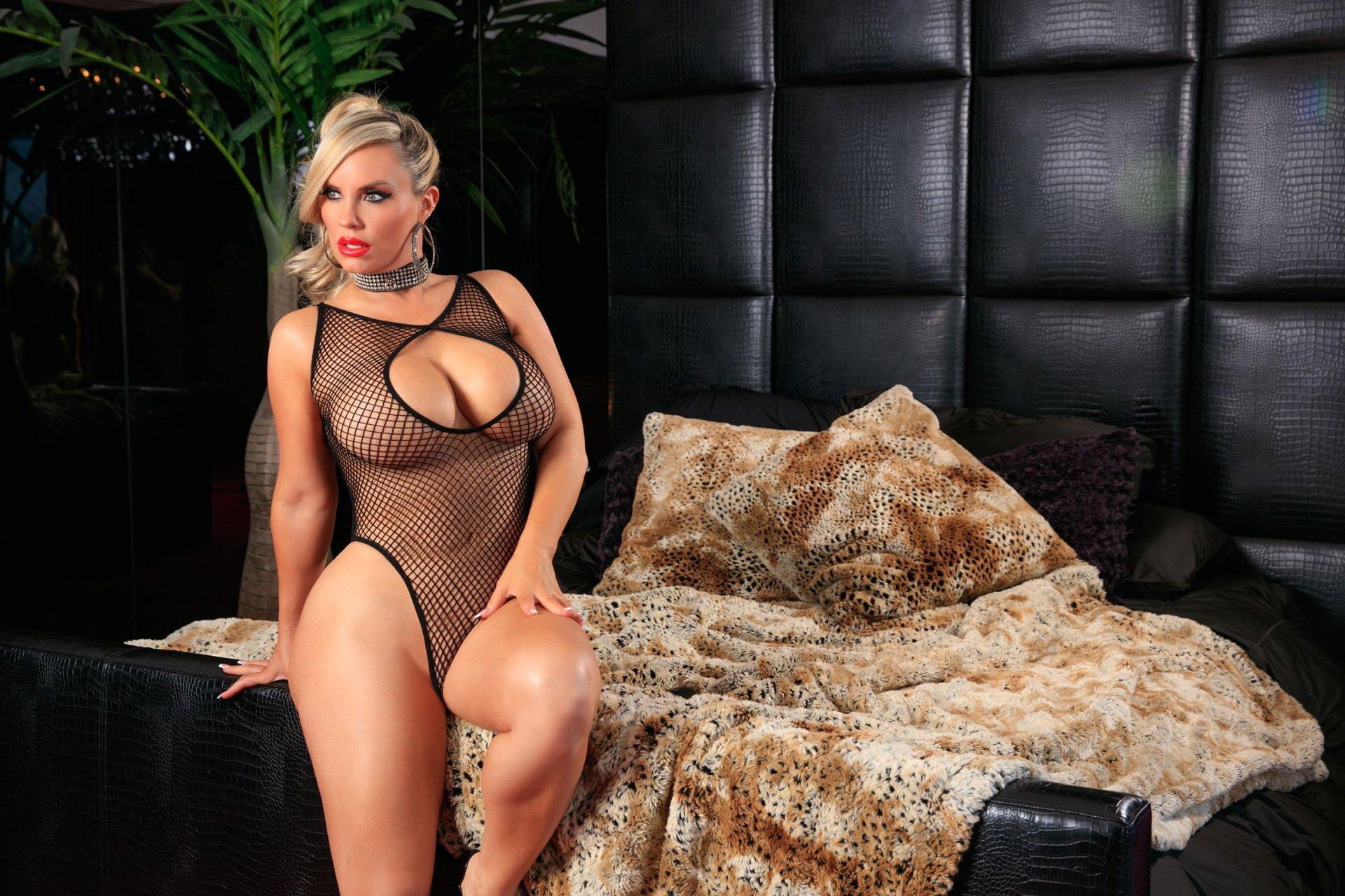 really hot sexy naked women