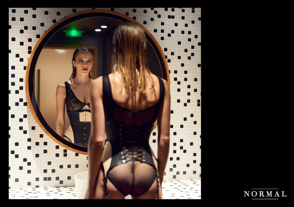 Coline Aulagnier Nude & Sexy (9 Photos)
